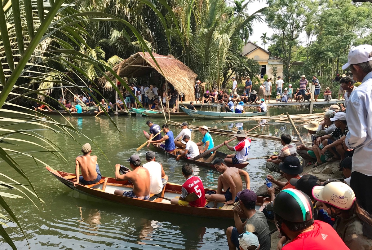 Alluring Hoi An! Dragon Boating Vietnamese style! Boat/Cycle Tours. Shopping. Cooking lessons. Ricewine!
